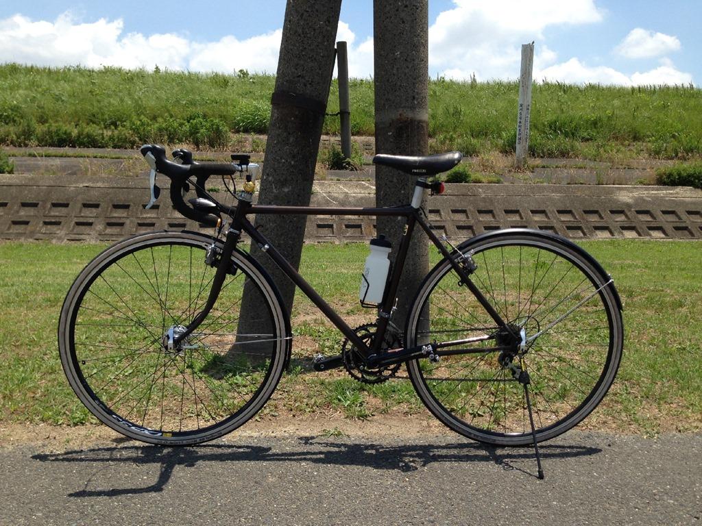 ロードバイクのスタンド、実践 ... : 自転車 ロードバイク スタンド : 自転車の