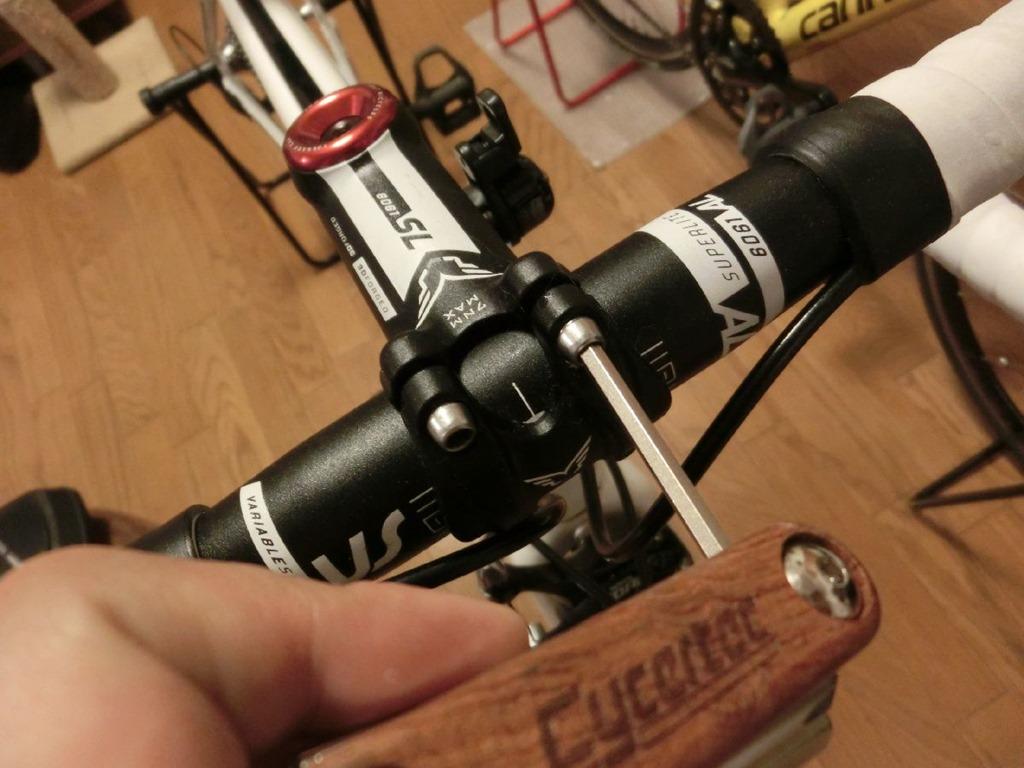 自転車の ステム 自転車 交換 : スレッド式のステム交換は、